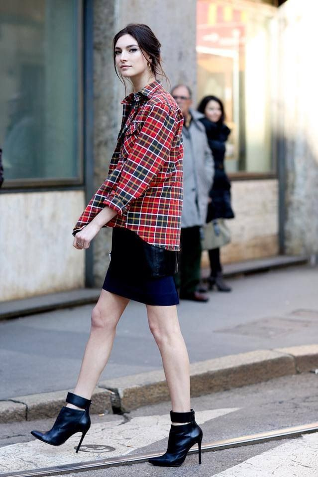 combining two of my favourites flannels and black skirts!