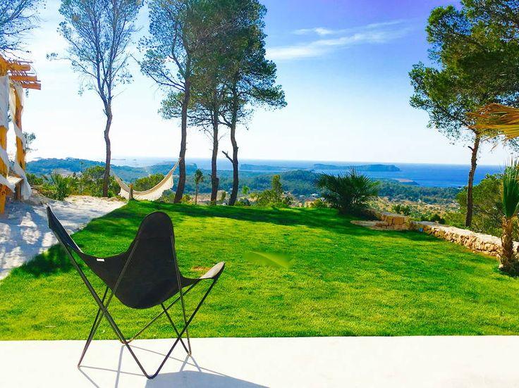Bekijk Deze Fantastische Advertentie Op Airbnb: Extraordinary Blue Hill  House Ibiza   Villau0027s Te Huur