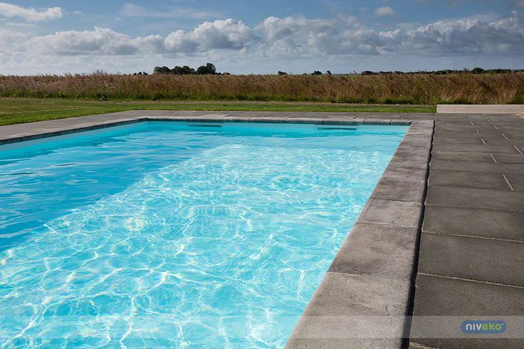 NIVEKO TOP LEVEL » niveko-pools.com #lifestyle #design #health #summer #relaxation #architecture #pooldesign #gardendesign #pool #swimmingpool #pools #swimmingpools #niveko #nivekopools