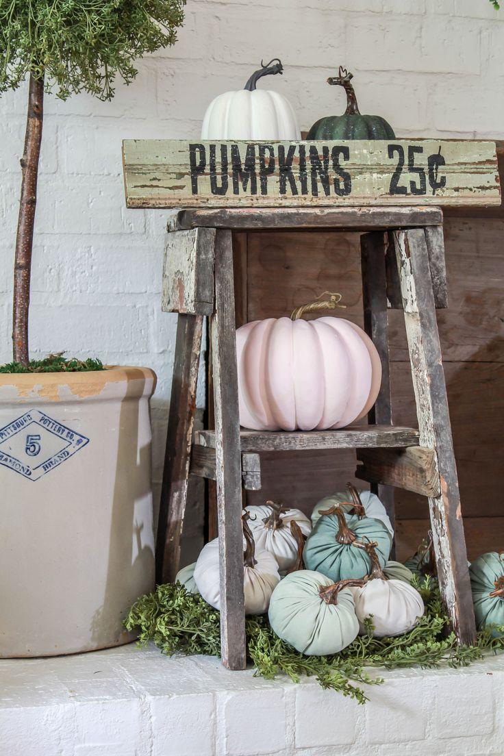 DIY Fall Decor: Pumpkin Sign