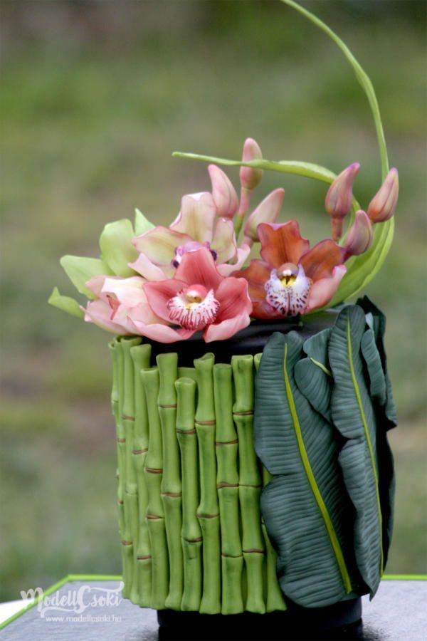 Oriental Orchid Cake by Agnes Havan