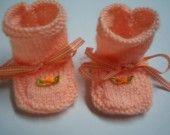 chaussons abricot 3 mois