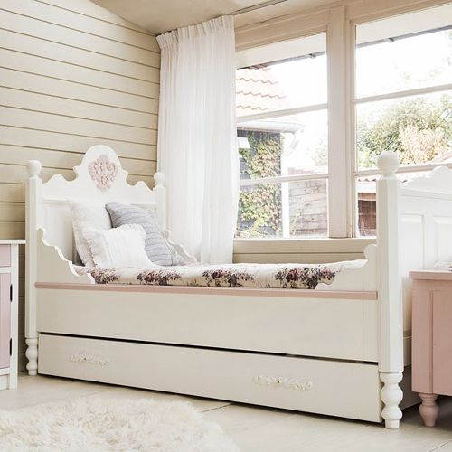 Lovely Das Kinderbett ist das wichtigste M bel im Kinderzimmer Wir geben Tipps zu Sicherheit Design Modellen und Materialien