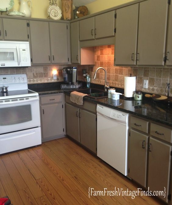 Painting Kitchen Cabinets With Annie Sloan: Annie Sloan Coco Kitchen Cabinet Reveal