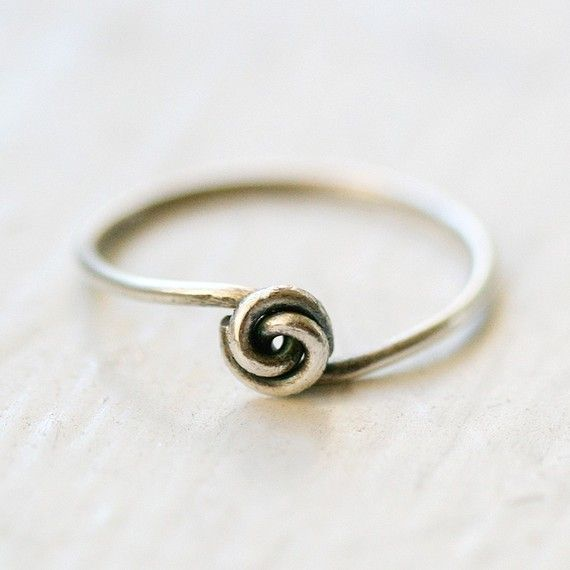 this is super cute! and i love tiny rings.. nice and simple and pretty