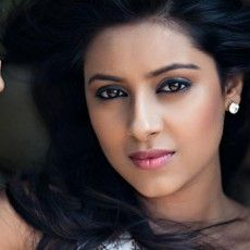 """Pratyusha Banerjee has signed as a host with reality-based crime saga Savdhaan India for the special segment on """"women against crime"""" with Hiten Tejwani and Sushant Singh as co-hosts."""