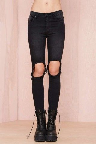 UNIF Peach Pit Skinny Jeans - Black, How would you style this for fall? http://keep.com/unif-peach-pit-skinny-jeans-black-by-chelsey_friel/k/3HGpROgBDL/