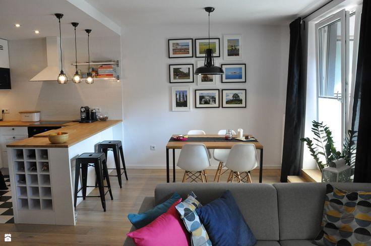 Nadwiślańska / mieszkanie podróżniczki - zdjęcie od NIESKROMNE PROGI - Jadalnia - Styl Skandynawski - NIESKROMNE PROGI