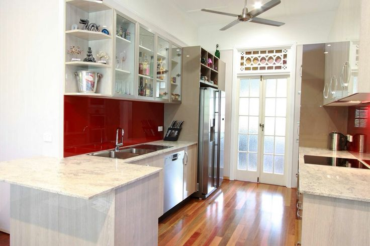 Stylite Gloss Kitchen with 20mm Natural Granite Stone Bench Tops