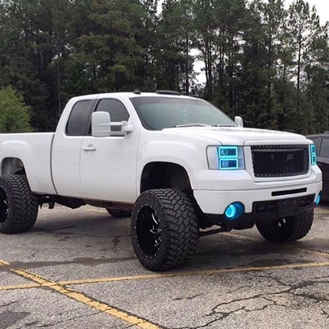 Best Trucks Images On Pinterest Chevrolet Trucks Lifted - Chevy duramax diesel decals