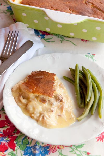 Chicken Pie from @Lana Stuart | Never Enough Thyme http://www.lanascooking.com/2013/04/29/chicken-pie/ #comfortfood #chicken #chickenpie
