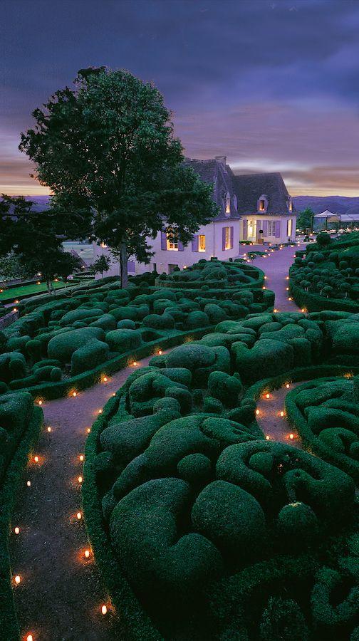 Candlelit gardens at Château de Marqueyssac in Perigord, France • photo: Marqueyssac
