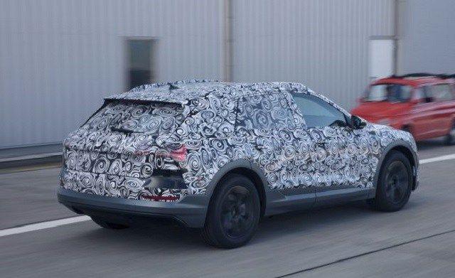 2019 audi e-tron quattro rear view