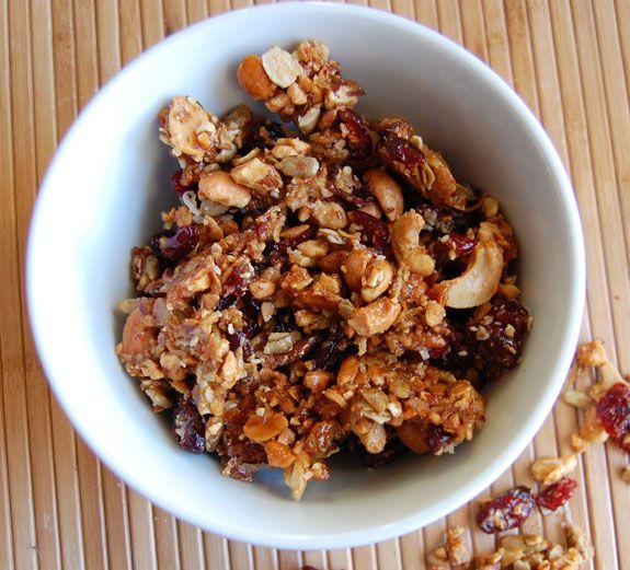 Homemade Sweet and Salty Paleo Granola - Paleo Grubs