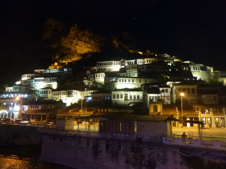 #Berat la città dalle mille finestre. Patrimonio dell'Umanità #UNESCO.