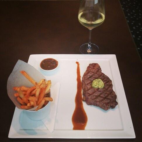 Australian Sirloin Wagyu at Auroz Restaurant, Jakarta