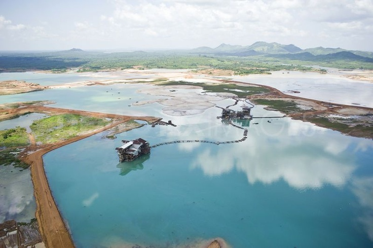 Rutile mine in Sierra Leone #News from Mauritius Oil and Gas, Boulle Mining Group http://www.jboullemininggroup.com  www.boulle.com