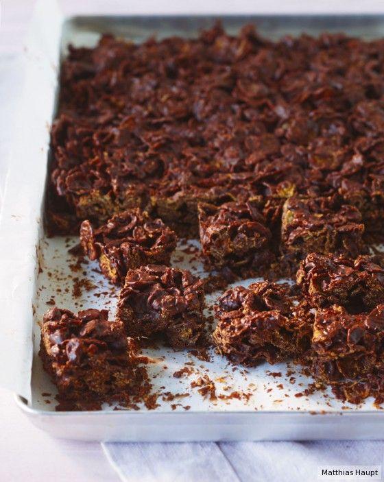 Das ist so einfach und so lecker: Schokolade und Cornflakes ergeben zusammen ein knusprig-süßes Naschvergnügen!