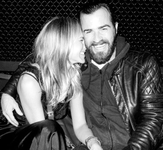 Jennifer Aniston And Justin Theroux | Pictures Of Smiles Taken At Just The Right Moment