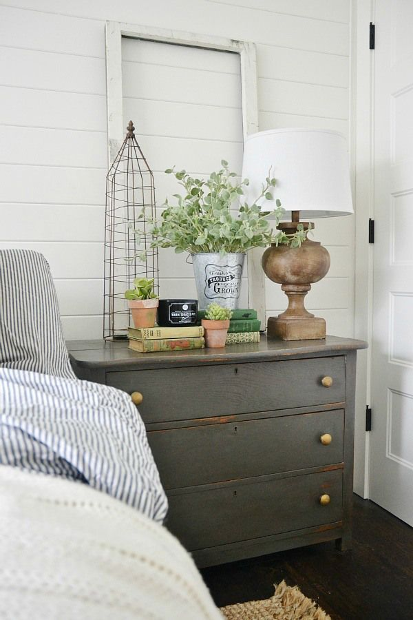 Urbane bronze nighstands - The perfect dark gray paint for furniture. Master bedroom nigh stands styled for spring