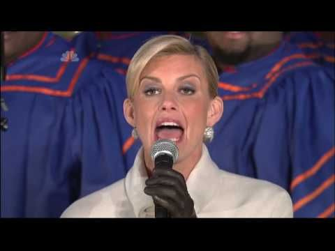 ▶ Faith Hill - Joy To The World - Christmas in Rockefeller Center 2008 - YouTube - Song based on Psalm 98 and written by Isaac Watts
