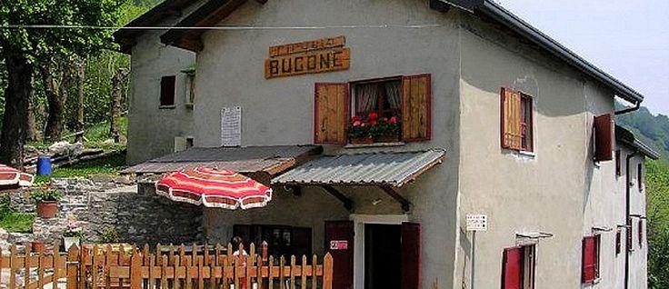 Rifugio Bugone è il posto adatto per chi ama vivere il contatto con la natura in un ambiente incontaminato dall'azione dell'uomo a Moltrasio, Como.
