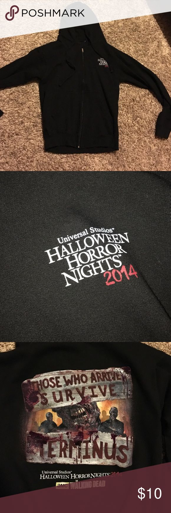 Universal Studios Halloween 2014 Sweatshirt Medium 2014 Halloween horror nights universal studios zip up Sweatshirt worn once Jackets & Coats