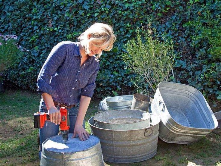 Zinkwanne bepflanzen Anleitung - Löcher für Drainage bohren
