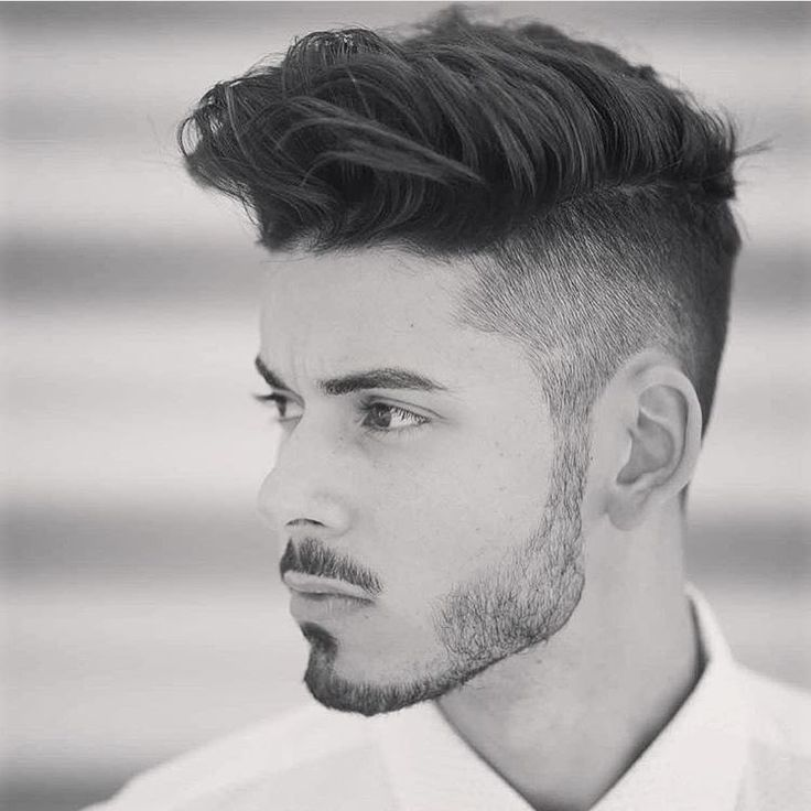 Hipster Undercut Hairstyle With Patchy Beard Hipster Frisur