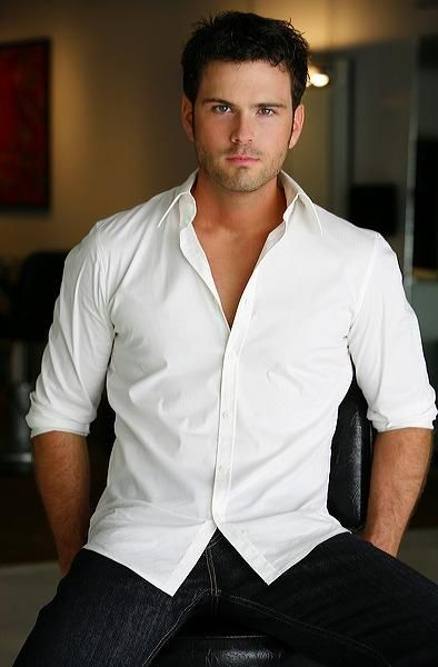 Chuck Wicks....hottie.