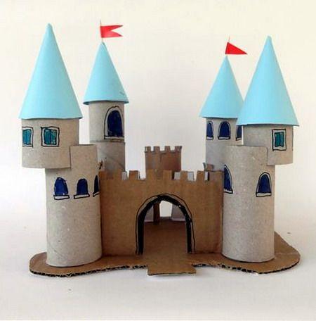 Con los días de vacaciones que tienen los niños , que mejor que lanzarles el reto de hacer un castillo con rollos de ...