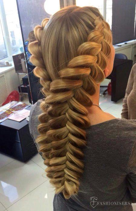 Cara Oval de Senhoras Esses Penteados São para Você - http://bompenteados.com/2017/12/12/cara-oval-de-senhoras-esses-penteados-sao-para-voce