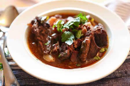 boeuf bourguignon cookeo, une recette très délicieuse pour votre plat principal en famille ou avec des amis.bon appetit à tous.