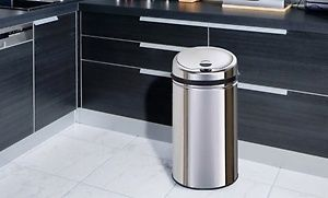 Groupon - Poubelle automatique chrome 12L, 42L, 50L ou 58L dès 39,99€ à [missing {{location}} value]. Prix Groupon : 39,99 €