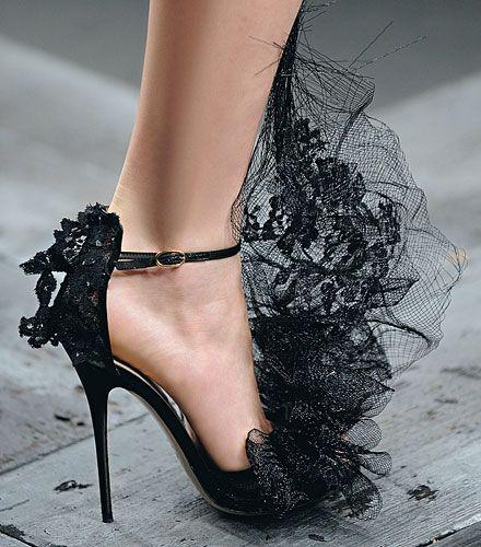 Valentino: Halloween Wedding, Shoes, Fashion, Style, Valentino, Wedding Ideas, Black Laces, Heels