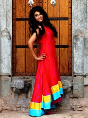 Designer Swati Vijaivargie Jain Says Namaste to Santa this Season