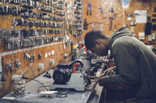 Manufacturing Circle Unveils Plan To Create A Million Jobs In A Decade, Black Friday 2017 Biggest Trading Day Yet For E-retailer Superbalist, and more