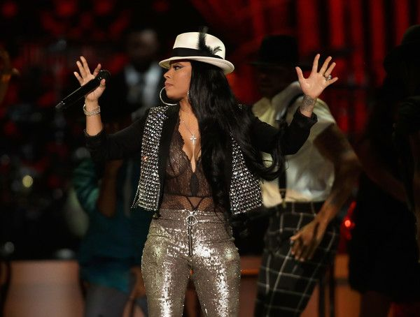 Keyshia Cole performs onstage at the 2017 Soul Train Awards, presented by BET, at the Orleans Arena on November 5, 2017 in Las Vegas, Nevada. - BET Presents: 2017 Soul Train Awards - Show