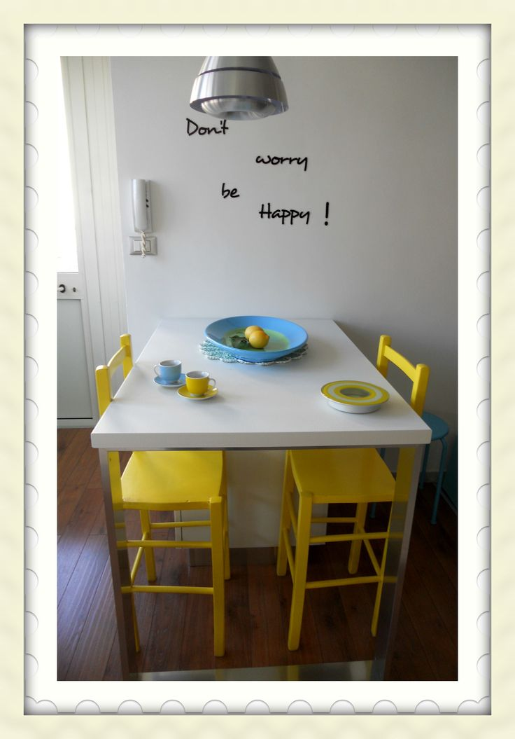 Sedie+gialle+della+mia+cucina.