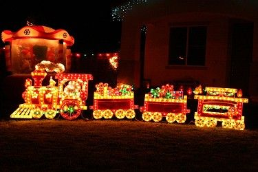 outdoor christmas light displays christmas outdoor decorations pinterest christmas christmas train and outdoor christmas - Christmas Train Yard Decoration