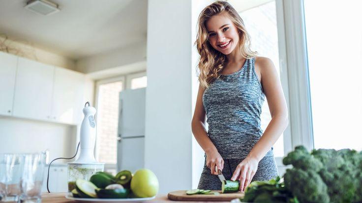 Od Nového roku pravidelně cvičíte, všude chodíte pěšky, také se snažíte vybírat si zdravější jídla. Máte tak skvěle našlápnuto k pěkné proměně těla. Jen ten jídelníček by to chtělo ještě uspořádat, že? Jestli nevíte, jak na to, inspirujte se naší dietou.