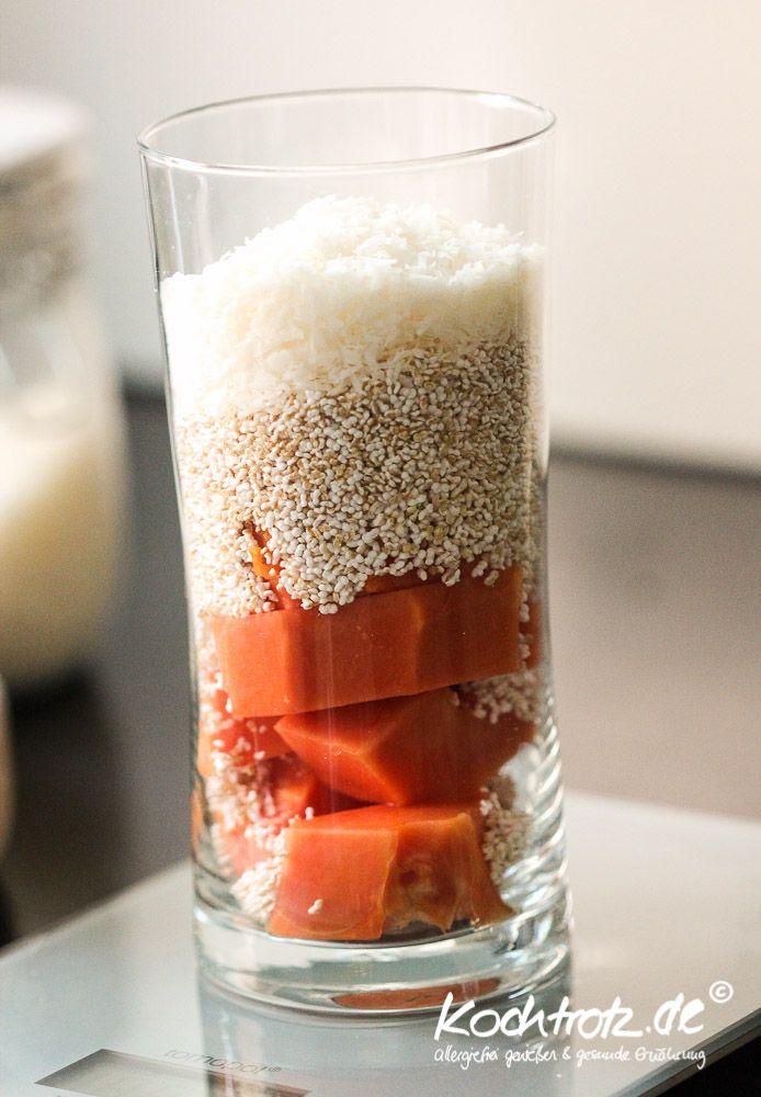 papaya-amaranth-kokos-shake | veganes Frühstück | veganer Shake | vegane Rezepte I Entdeckt von Vegalife Rocks: www.vegaliferocks.de ✨ I Fleischlos glücklich, fit & Gesund✨ I Follow me for more vegan inspiration @vegaliferocks