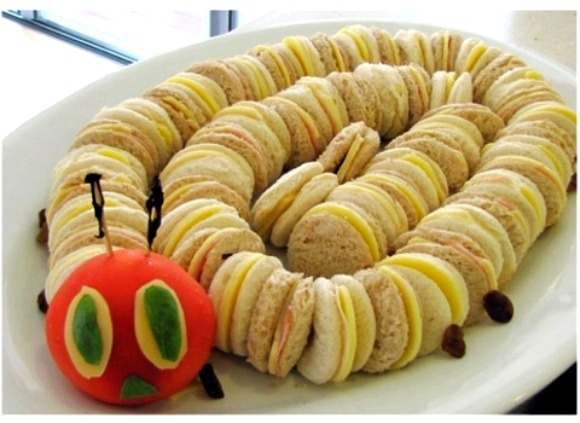 Such a fun idea for kid's sandwiches :)