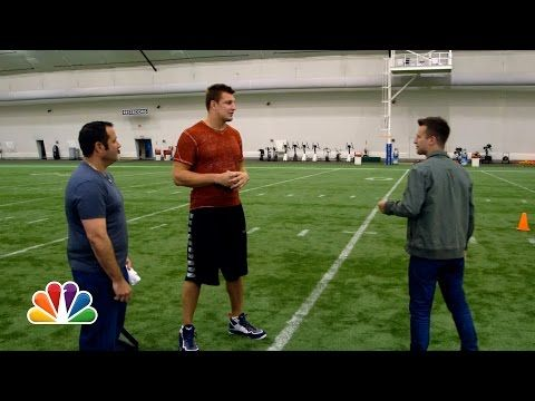Watch Rob Gronkowski Get Thoroughly Confused, Amazed By Magic Trick (Video) | New England Patriots | NESN.com