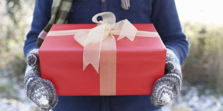 Perfect gifts to give a book addict;)