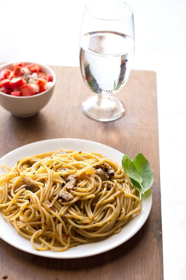 mushroom spaghetti bolognese recipe -for pasta and mushroom lovers, this recipe of mushroom spaghetti bolognese is a treat.i did check many recipes online for bolognese and finally came up with my own version.    i have tried