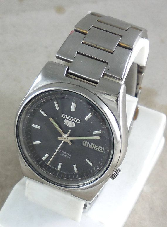 Original VINTAGE SEIKO 5 Automatic 17J Japan 7009-3161 Running