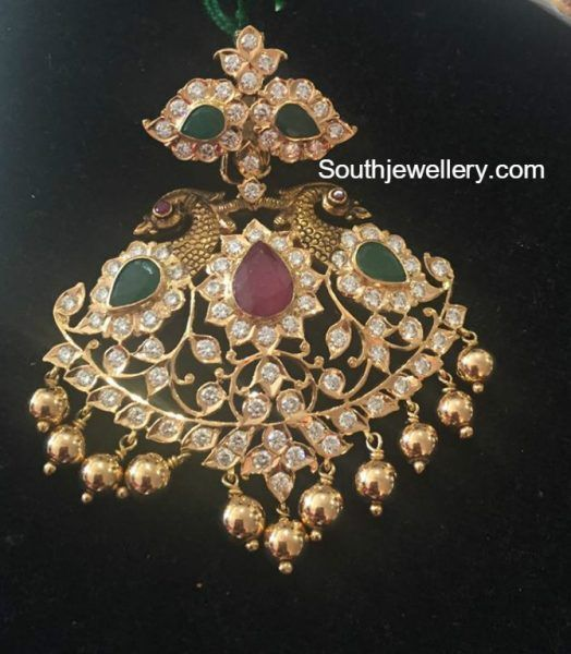 Peacock Nakhsi Pacchi Pendant