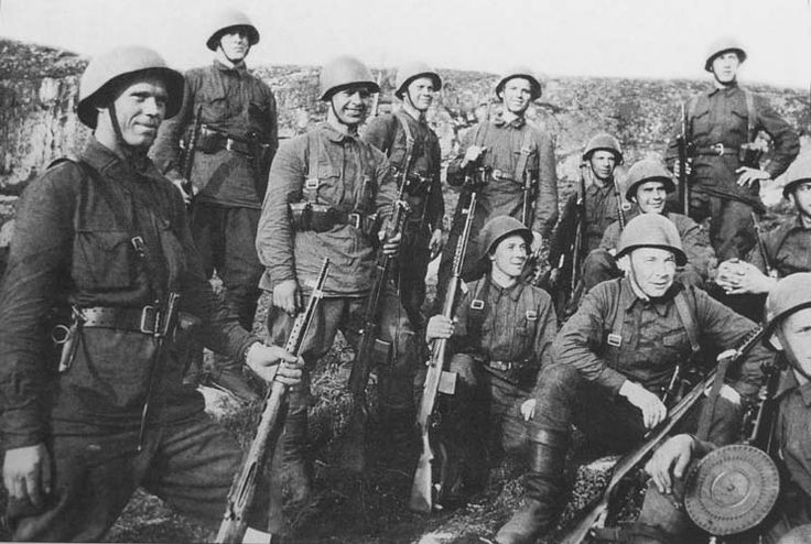Red Army soldiers WW2, pin by Paolo Marzioli | Red Army ww2 ...