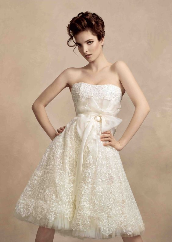 The latest bridal runways introduced a gorgeous crop of short wedding gowns, proving that showing some leg is no longer a bridal taboo.  #weddingdress #weddinggown #shortweddingdress #bridalfashion